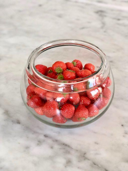la-soufflerie-salad-bowl-small-strawberries-transparent-hand-blown-recycled-glass