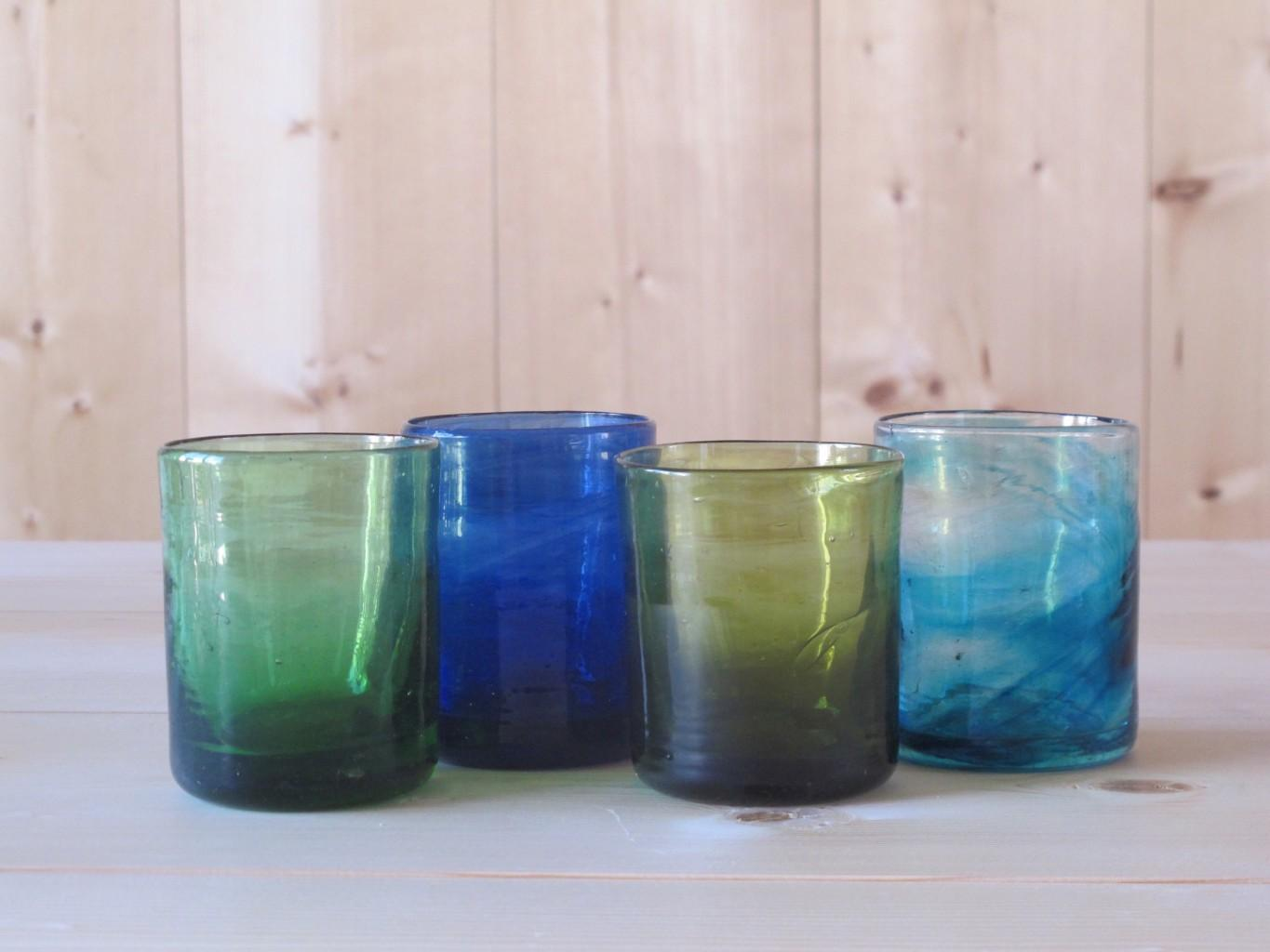 L to R : Murano Moyen Green, Blue, Olive, Turquoise