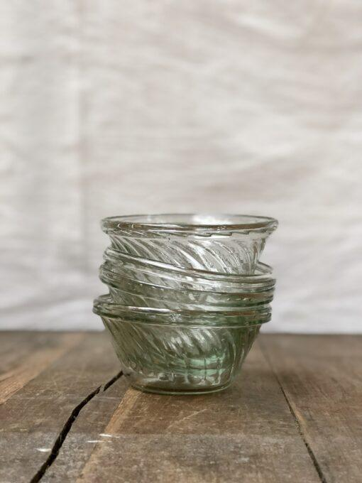 la-soufflerie-venezia-cicchetti-small-appetizer-bowl-beveled-design-transparent-hand-blown-recycled-glass-handmade