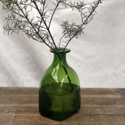 la-soufflerie-bouteille-carre-grand-olive-square-bottle-vase-hand-blown-recycled-glass
