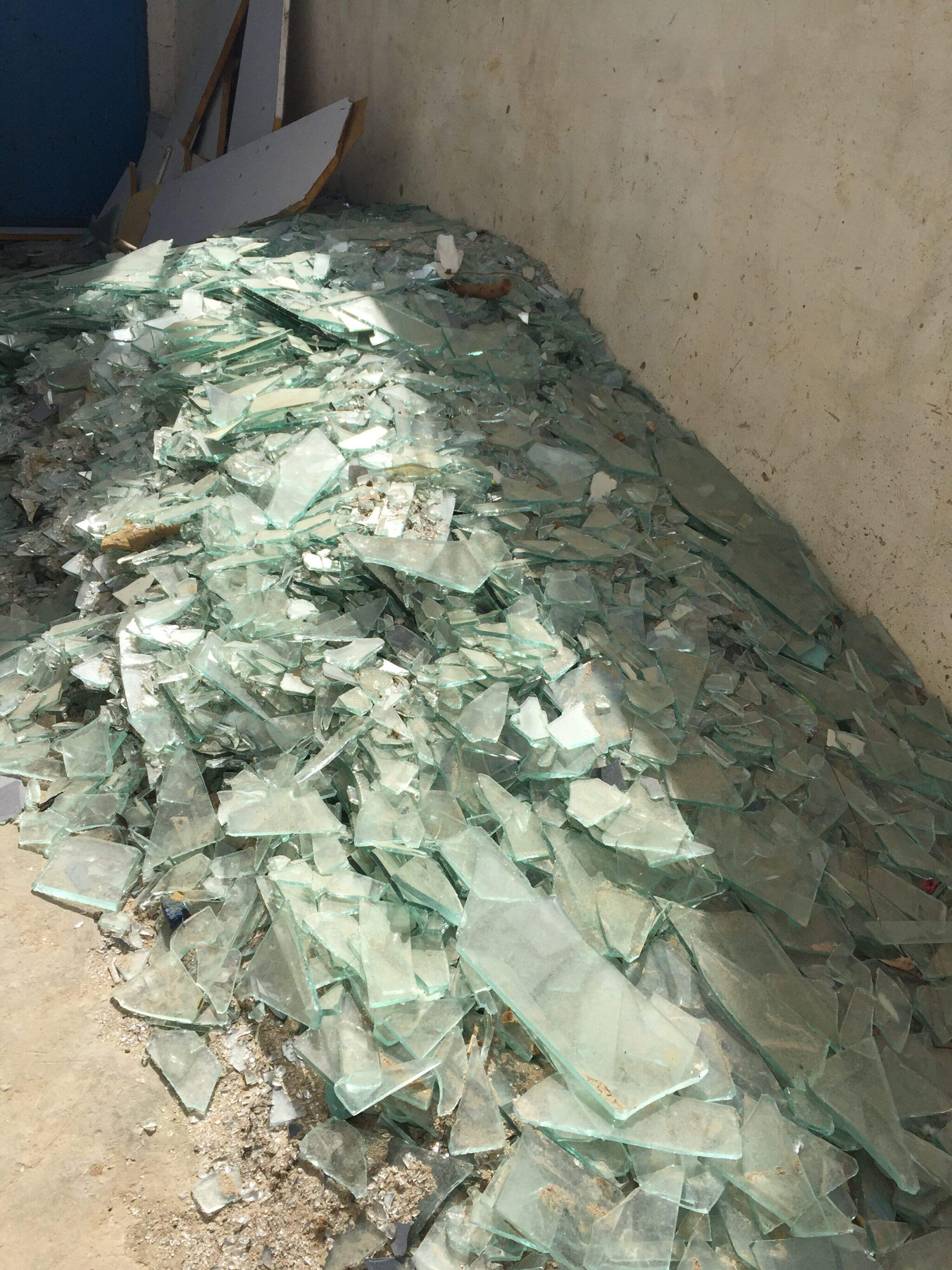 la-soufflerie-broken-recycled-glass-hand-blown