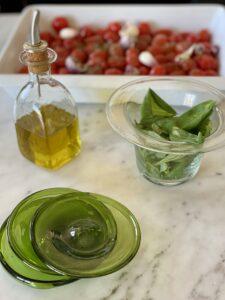 la-soufflerie-bagno-rectangulaire-transparent-bottle-pot-a-confiture-grand-transparent-jar-assiette-10cm-olive-small-plate