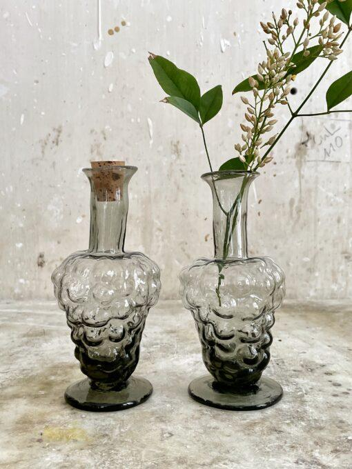 la-soufflerie-bacchus-smoky-vase-grape-shaped