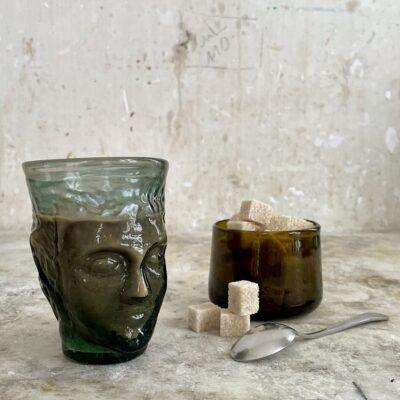 la-soufflerie-verre-tete-color-mix-smoky-face-glass-drinking-glass